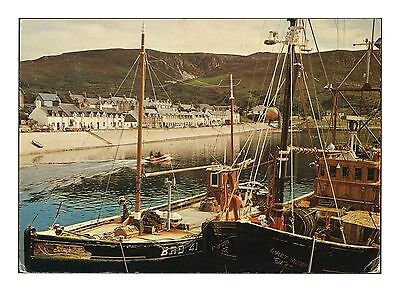 Ullapool Ross And Cromarty Highland Scotland Fishing Boats - Dixon Postcard 1980