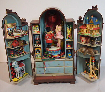 Enesco The Dream Keeper Vintage Toy Cabinet Action Musical 1989 Rare
