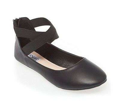 Used d19 Women's Slip On Ballet Flats Casual Shoes Black color Size 7.5