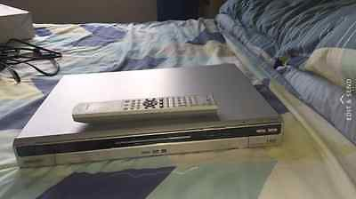 sony rdr-hxd560 80gb hdd recorder with freeview+remote