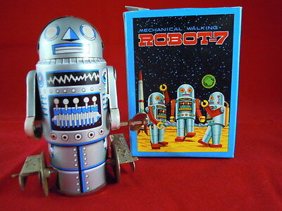 Tin Plate Wind Up Robot 7 With Original Box - Working