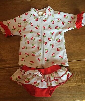 Swimsuit toddler 2 piece size: 3 to 6 months