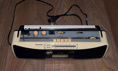 Sharp qt250a  ghetto blaster white vintage tape deck radio cassette player  old