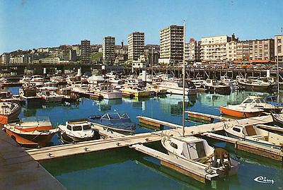 Postcard  Europe France Boulogne  un posted