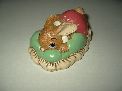 Vintage Early PENDELFIN Bunny Dodger - Made In England - Hand Painted