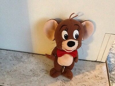 warner bros tom and jerry mouse beanie soft toy