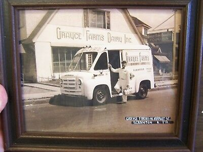 Grayce Farms Dairy Inc - Scranton Pa - Delivery Truck Framed Print - Excellent