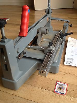 Brevetti Montolit Plain Clay Tile Cutter With Spare Incision Wheel
