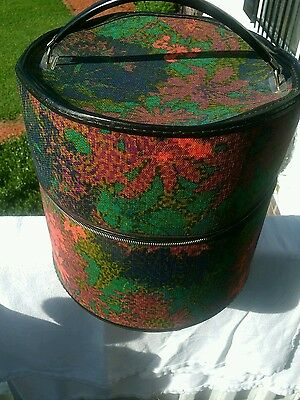 Vintage Multi Colored Floral Zippered Hat Wig Box Very Good Condition