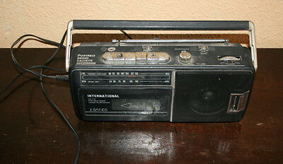 Antiguo Radio Cassette Pequeño International - Funciona