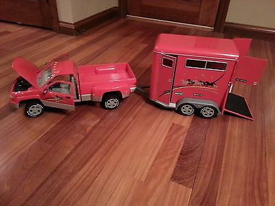Breyer Traditional Red Dually Truck #2610 and Horse Trailer #2611 1:9 Scale