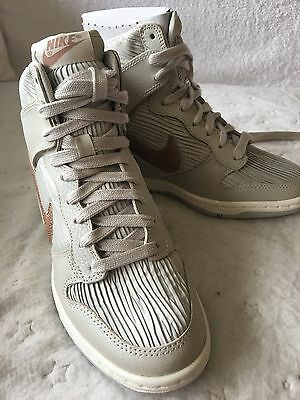 Nike Women's Shoes In New Condition
