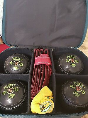 Greenmaster Pheonix set of bowls with carry case measure cloths shoes boules