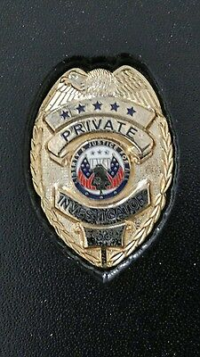 private investigator badge with photo ID holder
