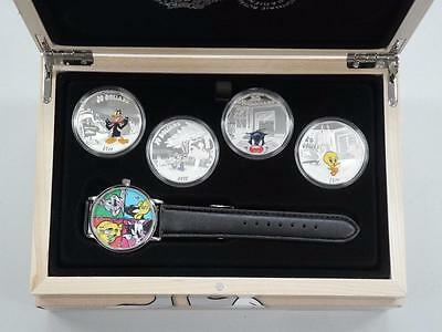 2015 Looney Tunes Complete Warner Bros Coin and Watch Set - Bugs Bunny Mint New