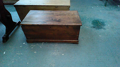 antique elm coffer blanket box coffee table large 33 x 171/2 inch top 15 high