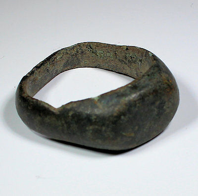 Ancient Roman Bronze Ring Circa 200 Ad - No Reserve!!!
