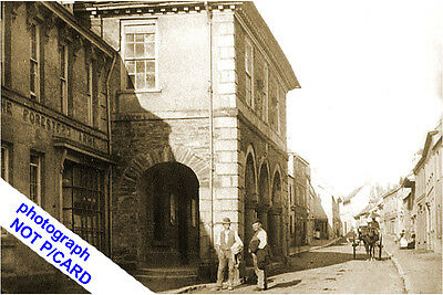 Plympton- Guildhall & Foresters Arms, Fore Street (Animated & Early View--Devon.