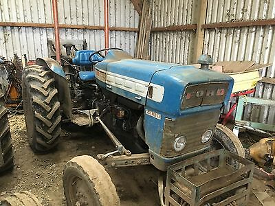 Ford 3000 tractor 1965 with rear fork lift