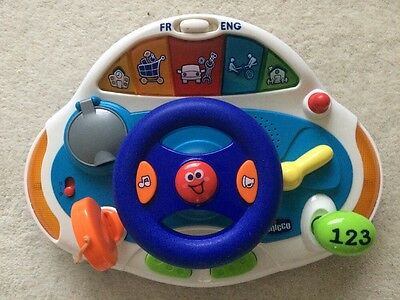 Chicco  English & French Music & Light Steering Wheel