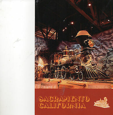 postcard USA California  State railroad Museum   Sacramento unposted