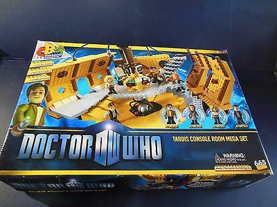 Doctor Who TARDIS Console Room Mega Set 665 pieces Character Builder FREE SHIPP!