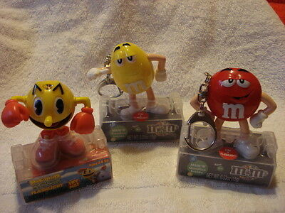 Collectible Animated Flashlights, (2) M & M Characters & (1) Pack-man
