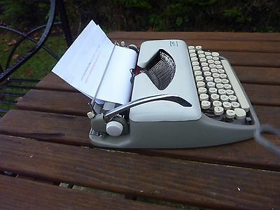 Vintage Addler Tippa 1 1965 Portable Typewriter With Case Collectable
