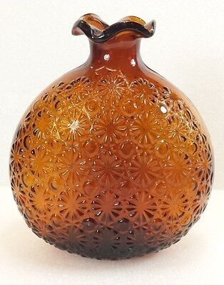Vintage Clevenger Brothers Hand Blown Glass Bottle Daisy & Button Ruffle Lip NJ