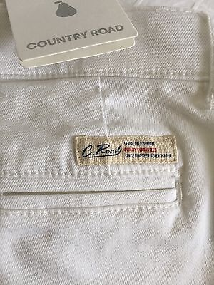 COUNTRY ROAD Childs Pure Cotton White Tailored Short 4 As New $49.95