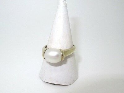 Preowned 9Ct Gold Single Freshwater Pearl Ring, Smart!!