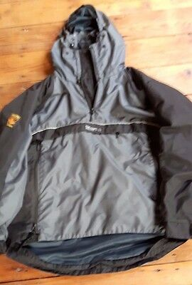 Paramo Velez smock Mens medium in Black and Grey, excellent waterproof size M