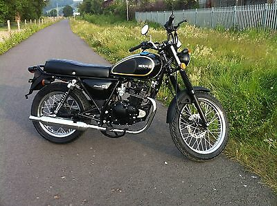 Herald Classic 125cc Motorcycle Motorbike December offer NOW Just  £1470