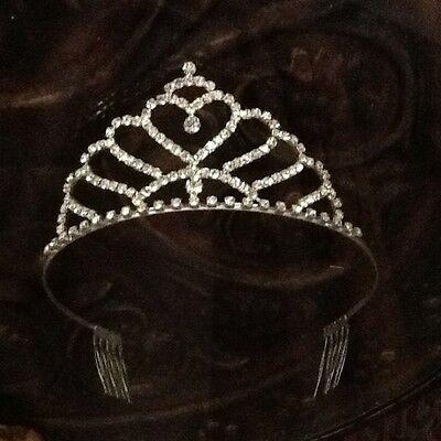 New~Silver Sparkle Heart Tiara Adult Costume Crown~w/side combs to hold in place