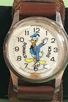 Vintage Bradley Donald Duck Character Watch Working New Crystal Keeping Time