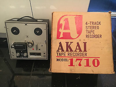 Akai 1710 Four Track Stereophonic Reel To Reel Tape Recorder Vintage Free P&p