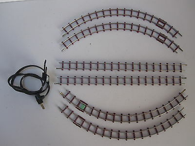 Narrow gauge. OO9/ HOn3 jouef playcraft track oval with cable connector.