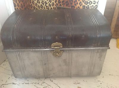 Vintage metal steamer trunk , Industrial coffee table storage , shabby chic