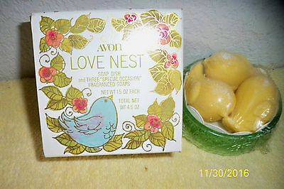 Vintage Avon 1978 Love Nest Soap Dish And 3 Fragranced Soaps In Original Box