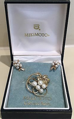 Mikimoto Earrings and Brooch set 9 ct Gold