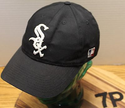 Youth Chicago White Sox Adjustable Hat Black Embroidered Lettering Vgc
