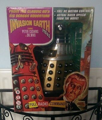 Dr Who 12inch Collectible Remote Control Movie Dalek (Gold)