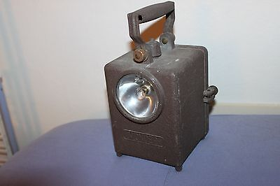 Ancienne Lampe WONDER- Chemin De Fer-cheminot