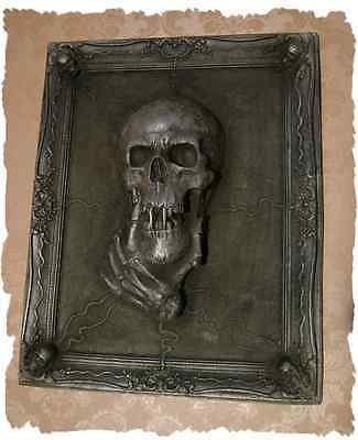 VAMPIRE FRAMED...........exclusive Wall Mount