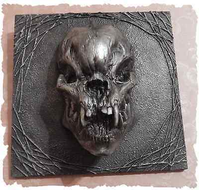 WEREWOLF SKULL square mount...........exclusive Wall Mount