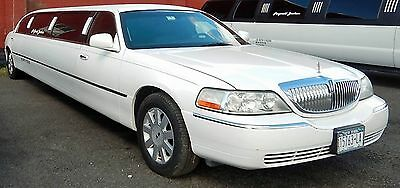 2005 Lincoln Town Car LIMO 10 Pax Stretch Limousine