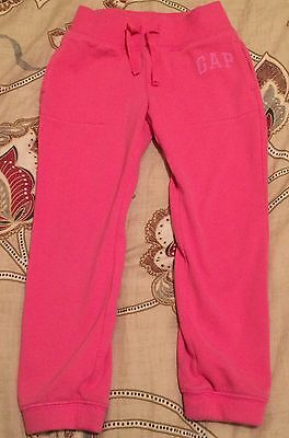 Girls Gap Cuffed Jogging Bottoms- Age 4-5 In excellent Condition