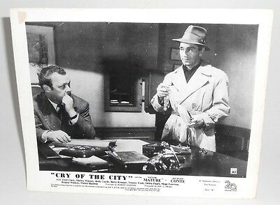 Lobby Card for Film Movie CRY OF THE CITY 1948 - Victor Mature & Richard Conte