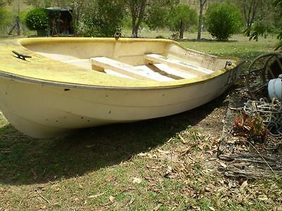 3.5mt Fiberglass boat Yalta Craft 2 seat, in need of some TLC cheap project boat