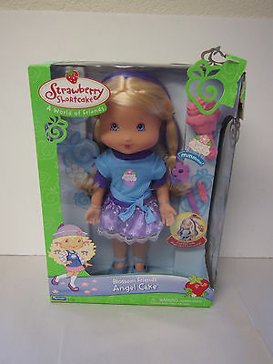 Playmates Strawberry Shortcake 15 inch Play date BLOSSIM FRIENDS ANGEL CAKE